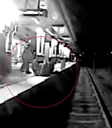 Moment when train hit and killed Cesar Antonio Rodriguez